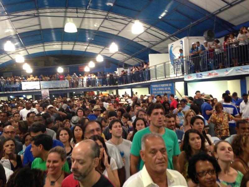 Feijoada-Party in der Samba-Schule Portela.