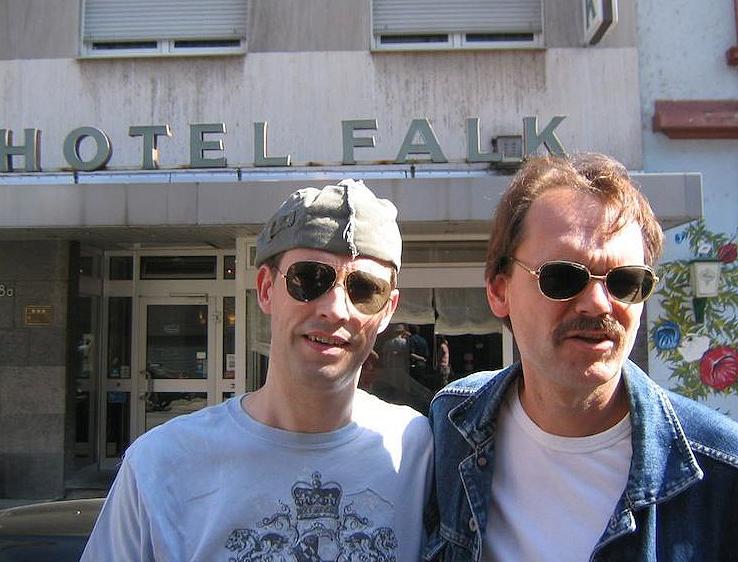 Morgens in Deutschland auf Tour: Timo und Detlef