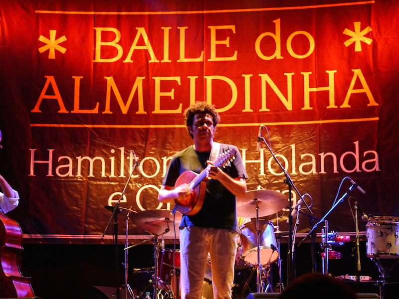 Hamilton de Holanda live im Circo Voador.