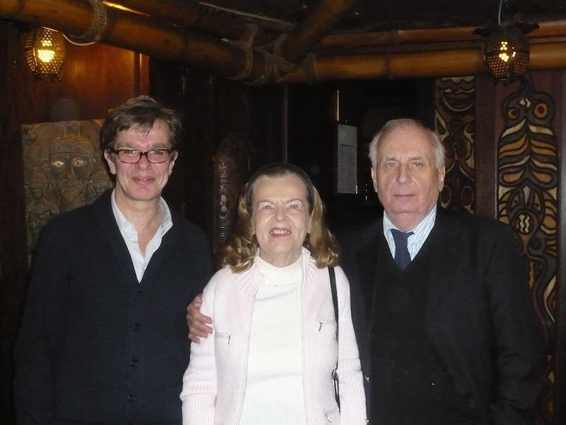 """Claus Ogermann mit Ehefrau Inge und Kelly im """"Trader Vics"""" München. Ca. 2005"""